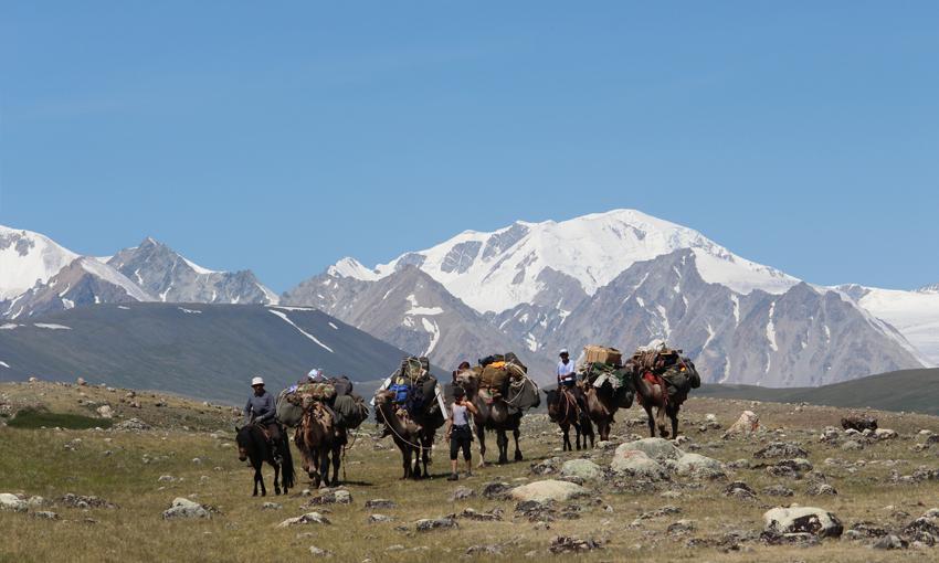 TREKKING ALTAI MOUNTAIN TOUR
